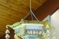 Angela-Burnett-10bTemple-chandelier-216
