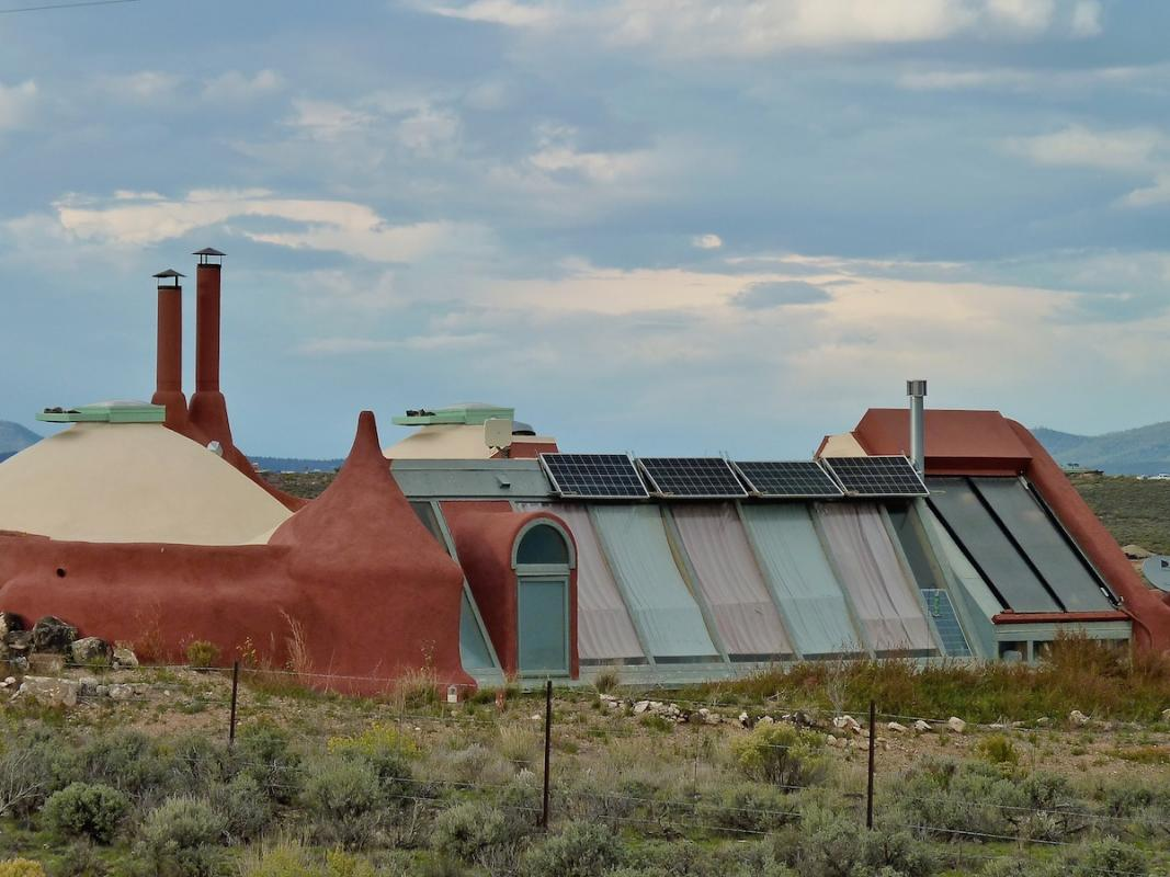 Angela-Burnett-Earthship-0571