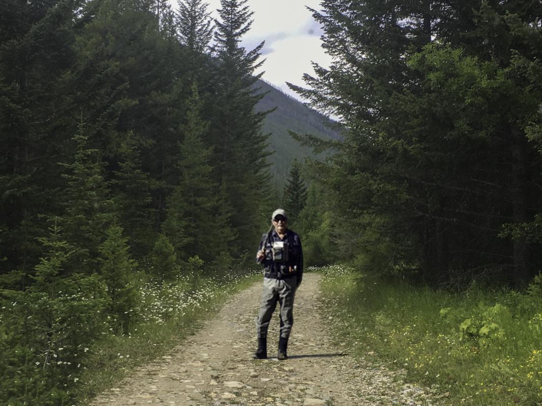 Chuck-Vaugeois-5-Walking-in-the-woods