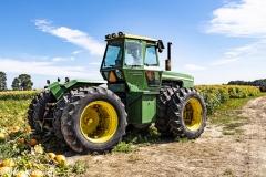 Chuck-Vaugeois-002-Tractors