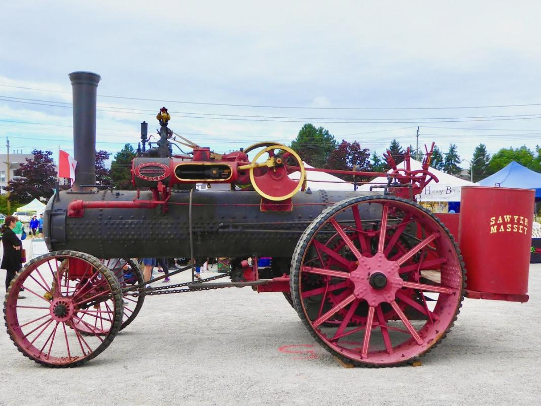 Angela-Burnett-1.-Sawyer-Massey-steam-tractor227