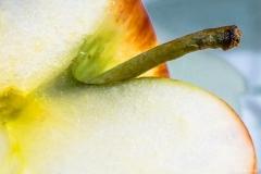 michael-chin-Cut-apple