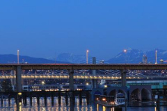 Hendy-Wu-Bridge-at-night_