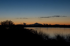 Gerd-Penno-Mt-Baker-before-dawn-during-full-moon-10-sec