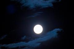 Hendy-Challenge-Blue-moon