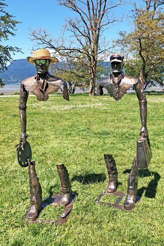 barbara-glick-IMG_4693-statues-Sp-bks-May-1321-WEB