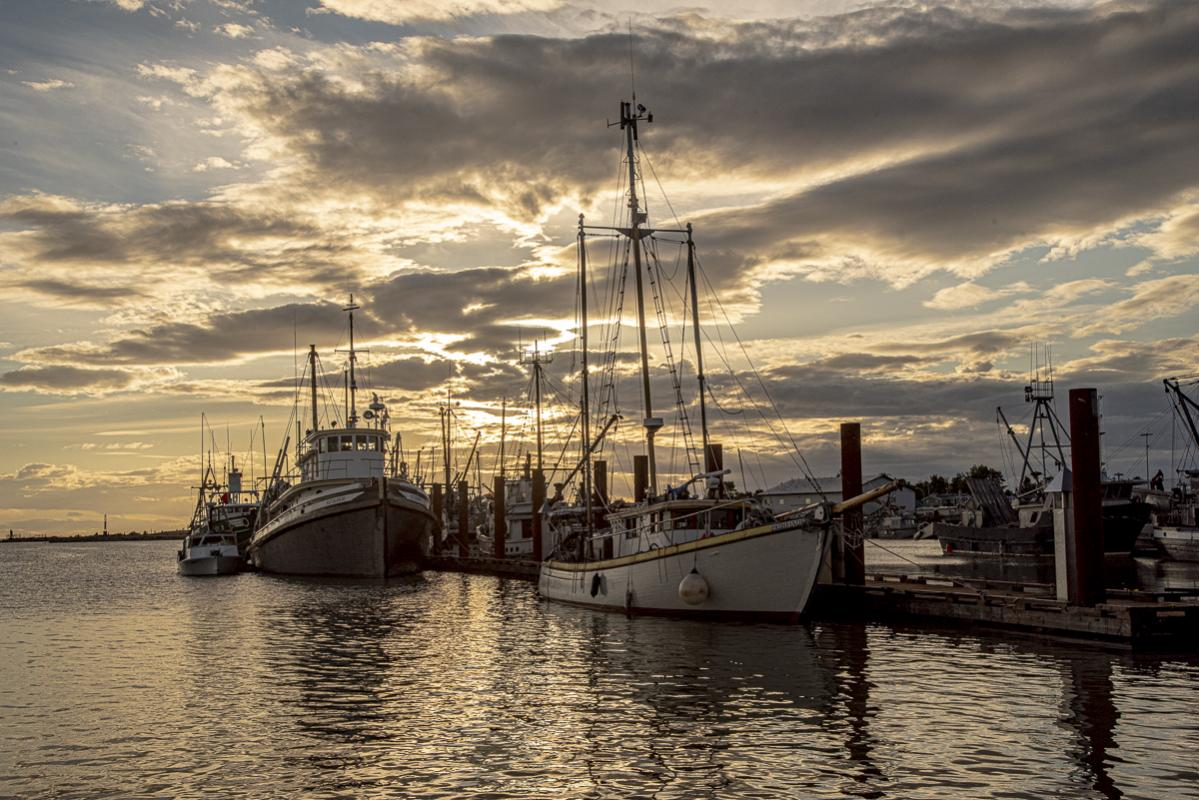 Chuck-Vaugeois-003-Steveston-Fisherman's-Wharf